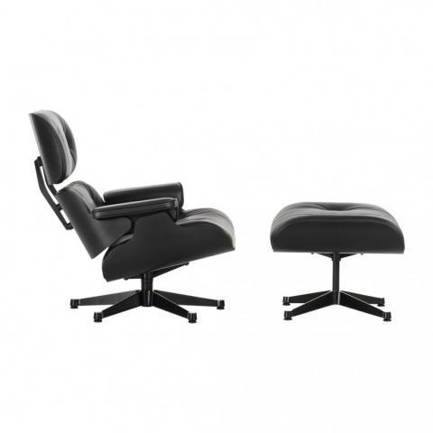 Lounge Chair & Ottoman - Black Edition - nouvelles dimensions - Vitra   - Canapés - The Conran Shop