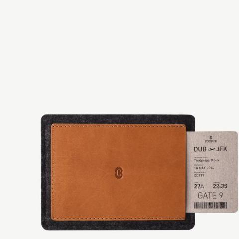 Cocones | Leather Passport Wallet Smokey Grey / Tan