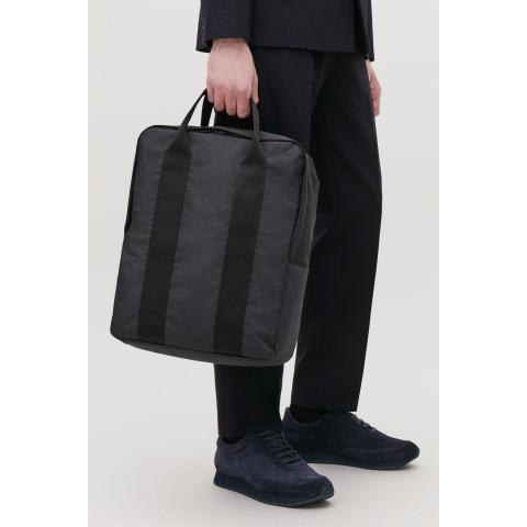 TECHNICAL TOTE BACKPACK - Navy / black - Bags and Wallets - COS