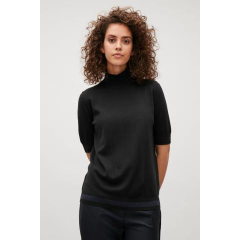 Top with rib details -  Black  - Knitwear - COS FR