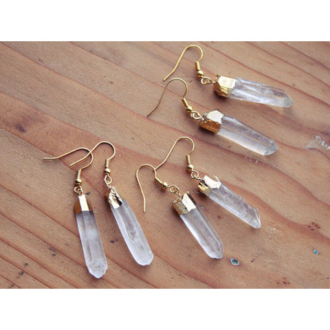 Or Quartz feux Point Crystal boucles d'oreilles  par kissthefuture